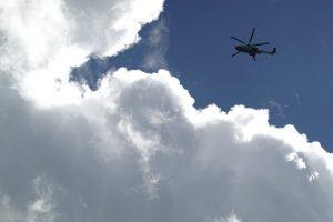 スピカデザイン RX100M7 撮影例 雲とヘリコプター